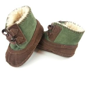 Baby Uggs Green Brown Moccasin Booties Size 2/3